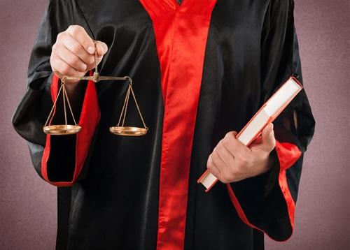 Endscheidung des BAG zur Anrechenbarkeit von Sondervergütungen auf den gesetzlichen Mindestlohn