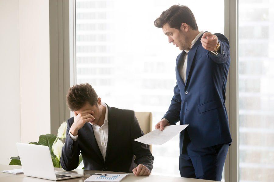 Kündigungsandrohung durch Arbeitgeber - Unwirksamkeit eines Aufhebungsvertrages