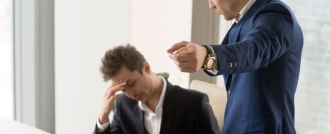 Fristlose Kündigung – Verstoß gegen Anzeigepflicht bei Arbeitsunfähigkeit