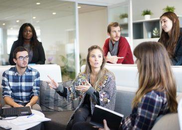 Anspruch auf Beschäftigung auf einer bestimmten Hierarchieebene