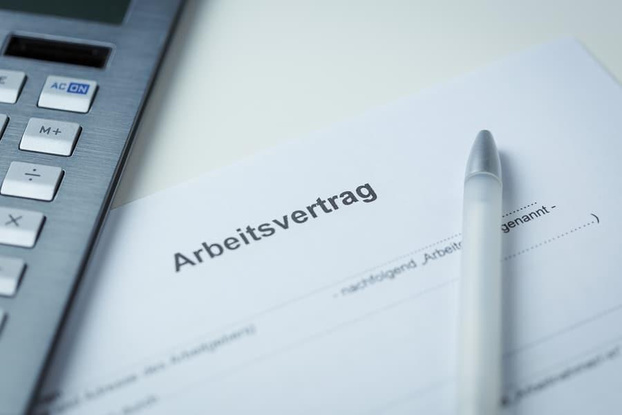 Muss Ein Arbeitsvertrag Immer Schriftlich Verfasst Sein