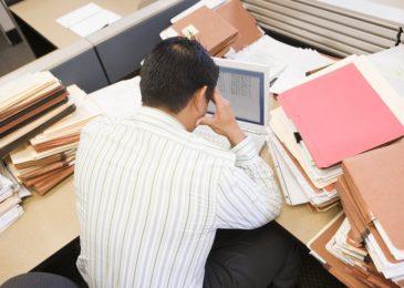 Änderungsvereinbarung zu unentgeltlicher Mehrarbeit - AGB-Kontrolle