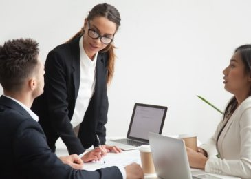 Arbeitnehmer muss private Mobilfunknummer nicht an Arbeitgeber herausgeben