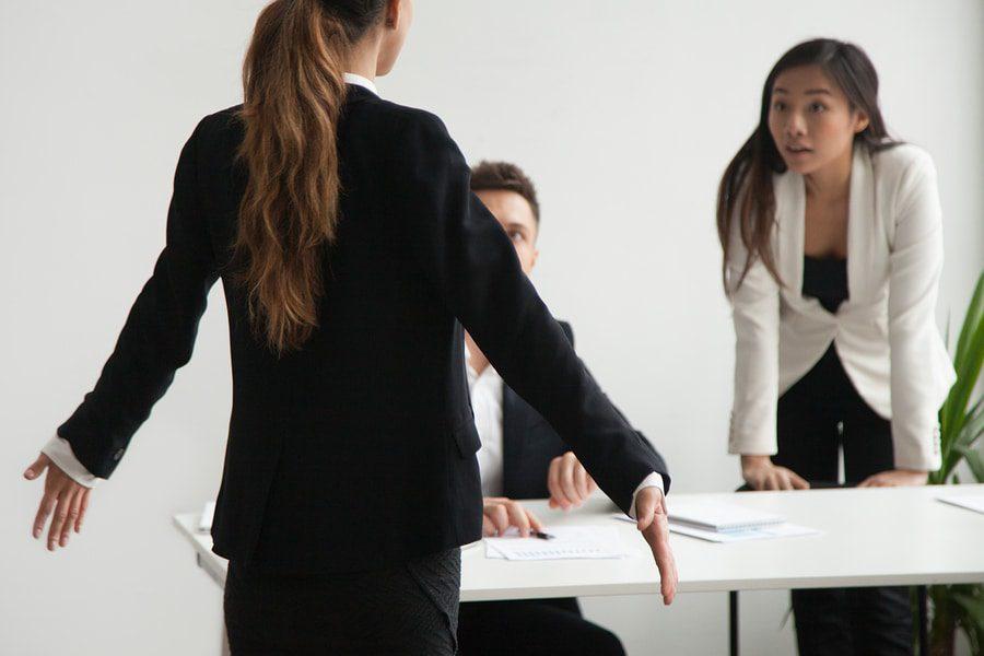 Probleme mit Arbeitsverträgen
