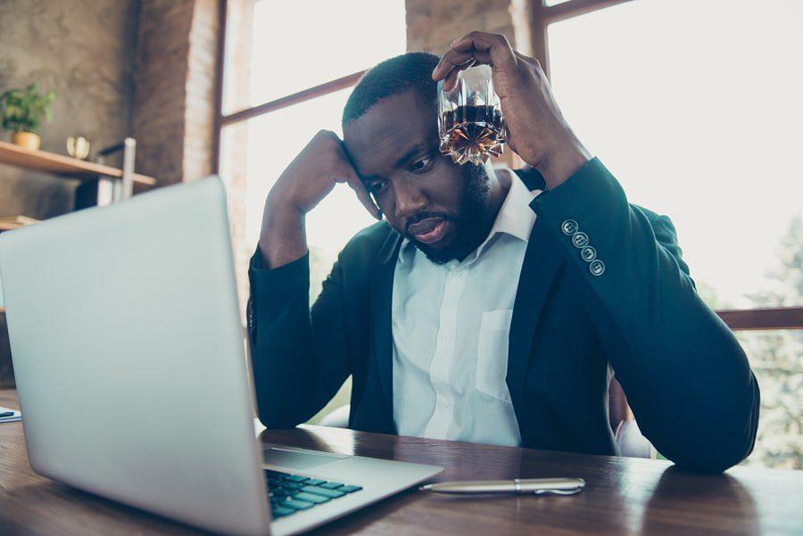 Verhaltensbedingte Kündigung - Verstoß gegen Alkoholverbot und Pausenüberziehung