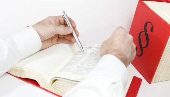 Arbeitsvertragsklausel - Vertragsbeendigung bei Schwangerschaft bzw Mutterschutz