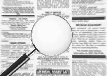 Altersdiskriminierung in der Stellenausschreibung - Hinweis auf Schwerbehinderteneigenschaft in Bewerbung