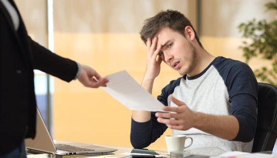 Arbeitnehmerkündigung wegen Tätigkeiten während einer Arbeitsunfähigkeit