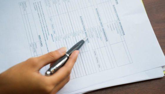 Vergleichsmehrwert für Arbeitszeugnis – 1 Bruttomonatsgehalt