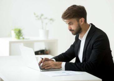 Fristlose Kündigung wegen Meinungsäußerung in E-Mail
