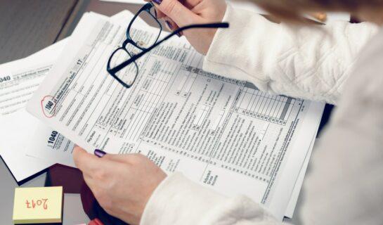Schadensersatz wegen verspäteter Lohnzahlung – Steuerprogressionsschaden