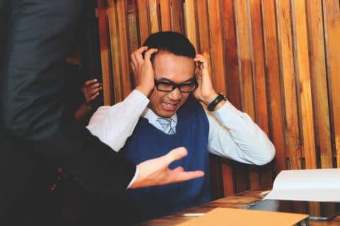 Fristlose Kündigung wegen grober Beleidigung eines Arbeitskollegen