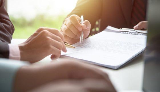 Verlängerung eines sachgrundlos befristeten Arbeitsvertrages bei gesonderter Vertragsänderung