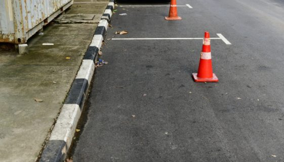Arbeitsunfall - Haftungsprivileg - Parkplatz als Betriebsfläche
