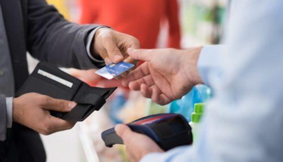 Fristlose Kündigung wegen privater Nutzung einer Firmenkreditkarte