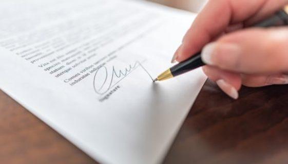 Formgültigkeit einer Unterschrift - Abgrenzung zu einer Paraphe