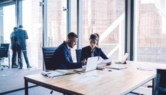 Wirksamkeit arbeitsrechtlicher Weisung zum Umzug in Großraumbüro