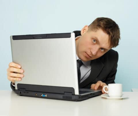 Verschwiegenheitspflicht Arbeitnehmer bzgl. Geschäfts- oder Betriebsgeheimnis - Wirksamkeit