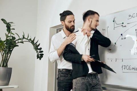 Arbeitnehmerkündigung wegen Tätlichkeiten am Arbeitsplatz –Beweiswürdigung